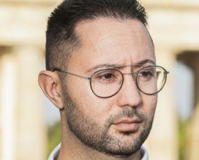 Salahdin Koban: Deutschlands freiwilliger Untergang – Identitätskrise einer Nation, die keine sein will
